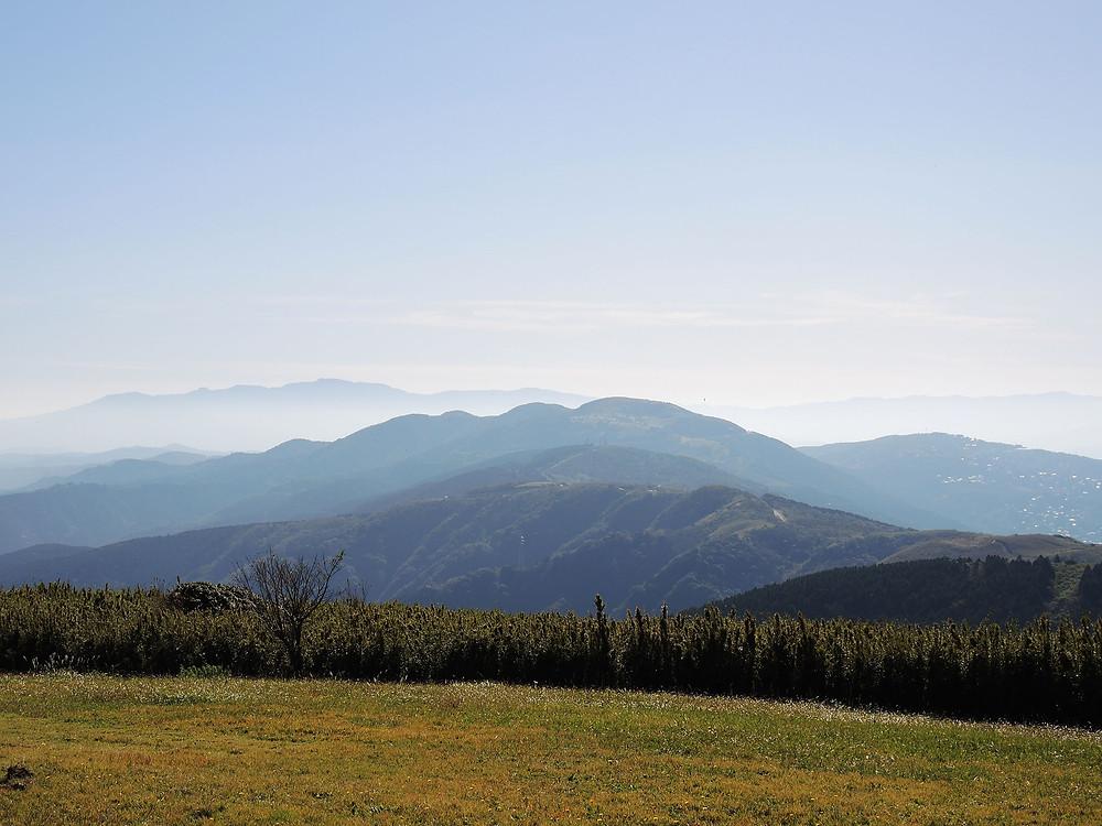 熱海十国峠山頂から眺める伊豆の連山