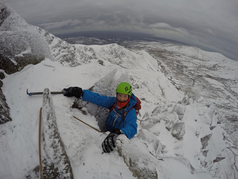 Winter Climbing Llech Ddu Spur