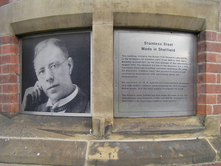 Hoje na História: 1913 - Harry Brearley inventa o aço inoxidável