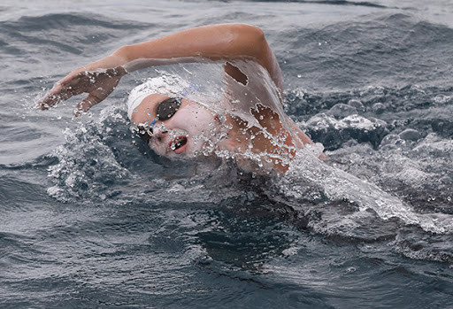 Cramping and soreness during the Rottnest Channel Swim is common. An easy way to prevent this from happening is consuming liquids and snacks frequently throughout the race and also consuming magnesium-rich food in the lead up to the race.