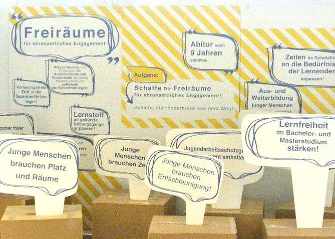 Projektschneiderei_Ausstellung_Ehrenamt_