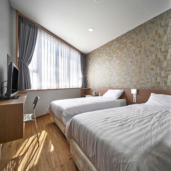 Room 204