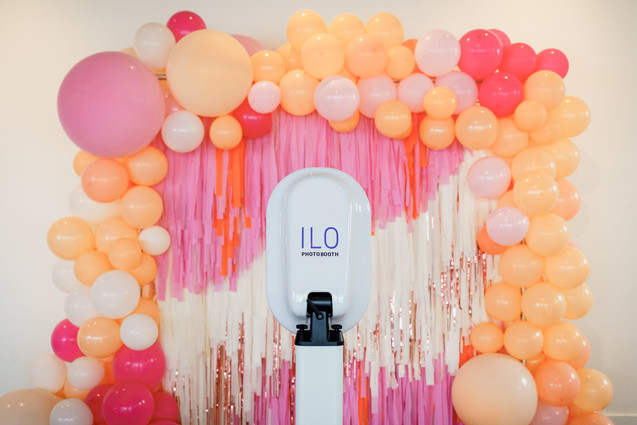 PHOTO: THE KENNEYS   PHOTO BOOTH: ILO PHOTO BOOTH
