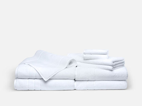 super-plush-complete-towel-set_white_bac
