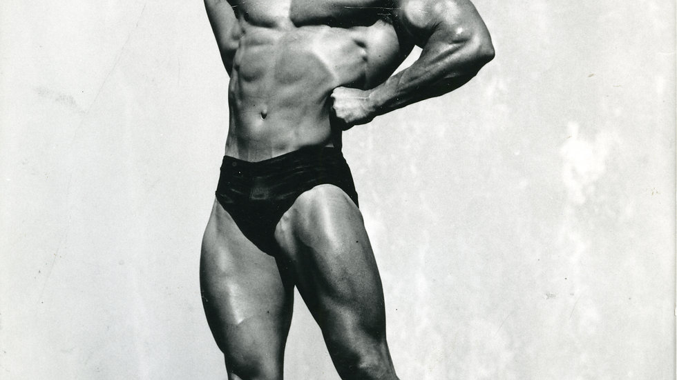 Don Howorth Autographed Photo Single Biceps Pose Rheo Blair