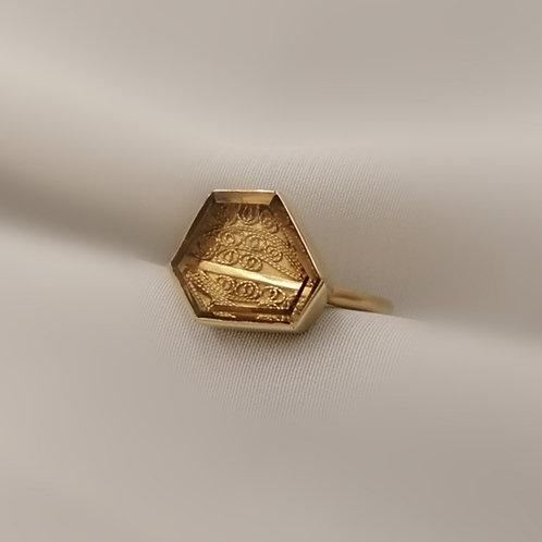 Hexagonal Filigree Ring L