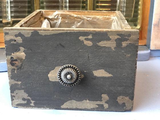 Holzkasten Antik schwarz