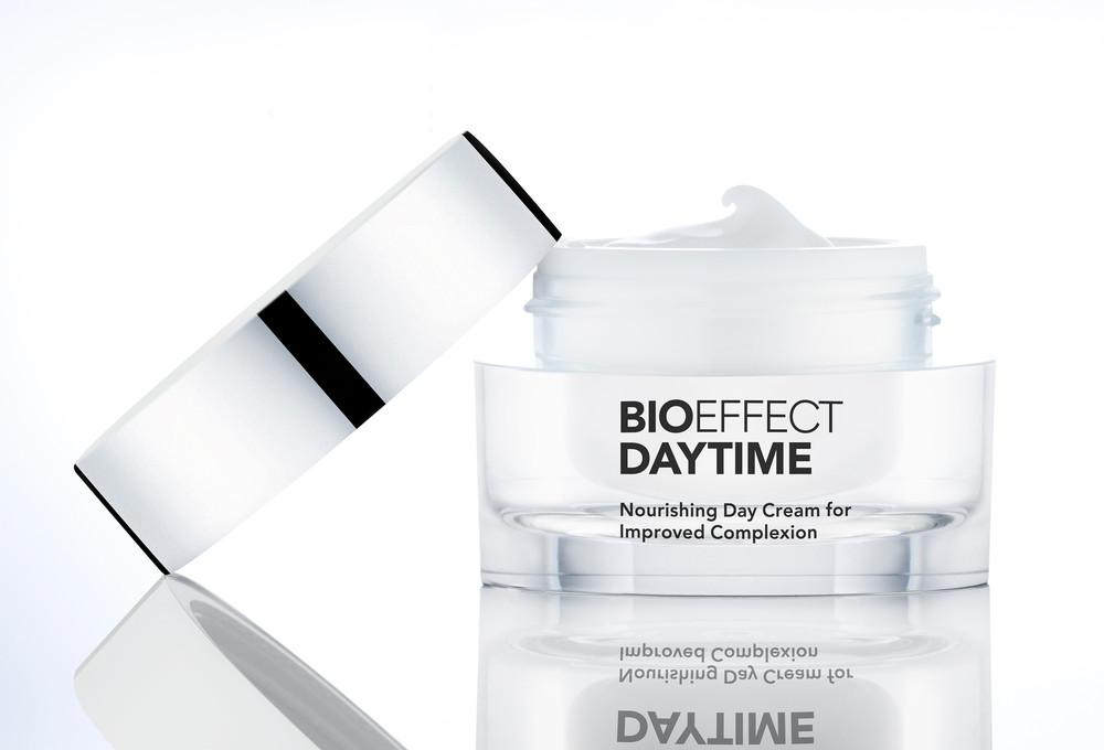 SIF-Cosmetics-43426LOK.jpg