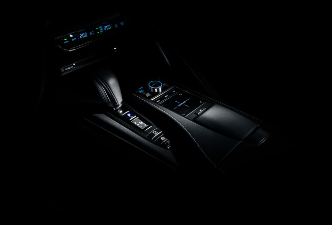 LexusLC_1.jpg