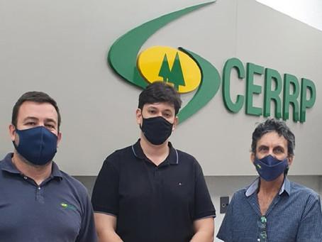 Vereador rio-pretense visita instalações da CERRP