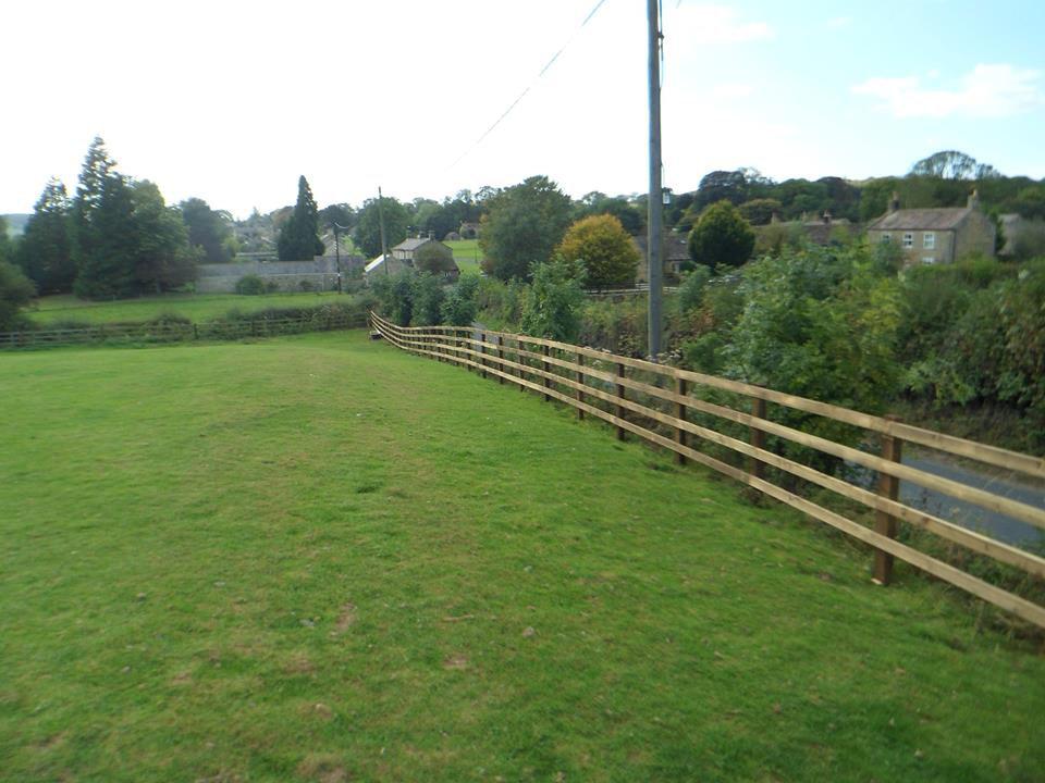 Post and Rail Fencing Masham 2.jpg
