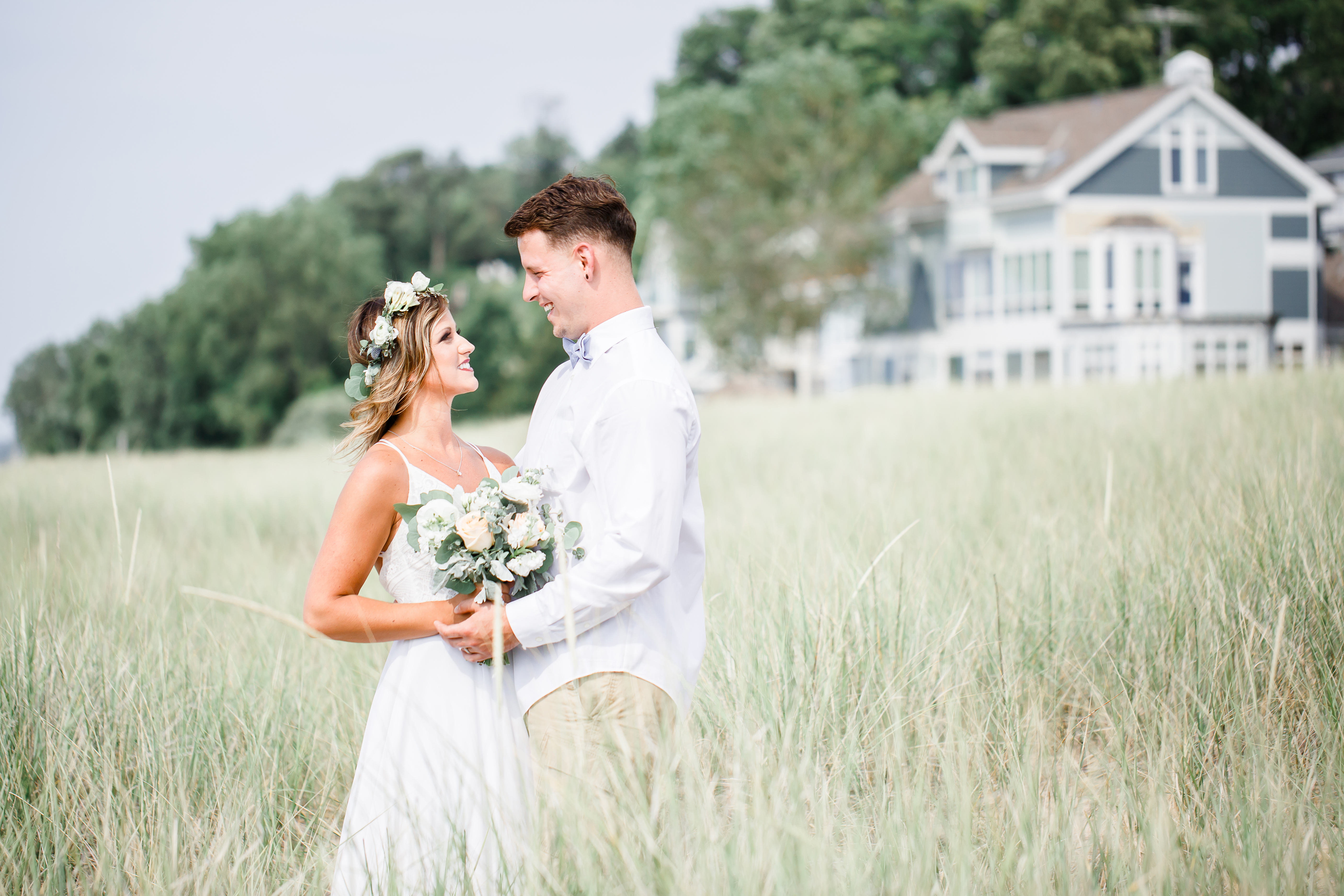 wedding-picture-ideas-lake-wedding-weddi