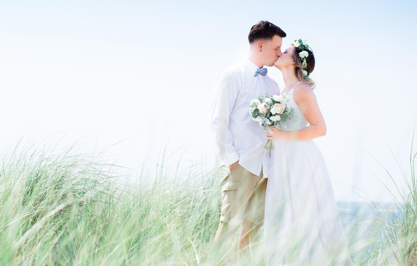 findlay-wedding-photographer-beach-weddi