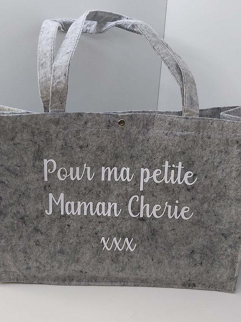 Vilten Tas met hengsels 'Pour ma petite Maman Cherie xxx'