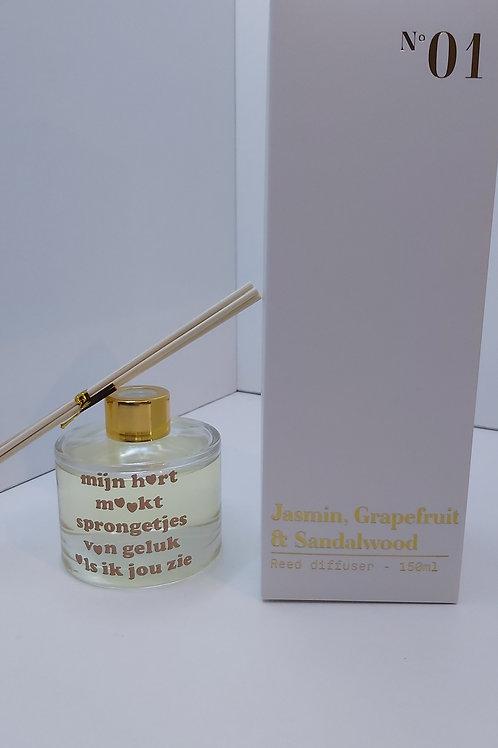 Gevulde Parfumfles met tekst: Mijn hart maakt sprongetjes...