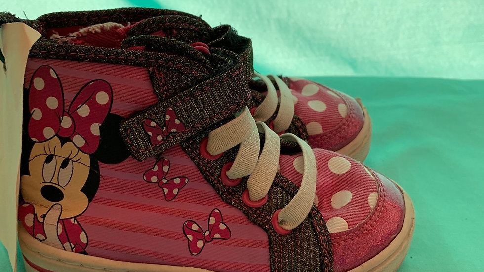 Little kid size 7, mini mouse high top