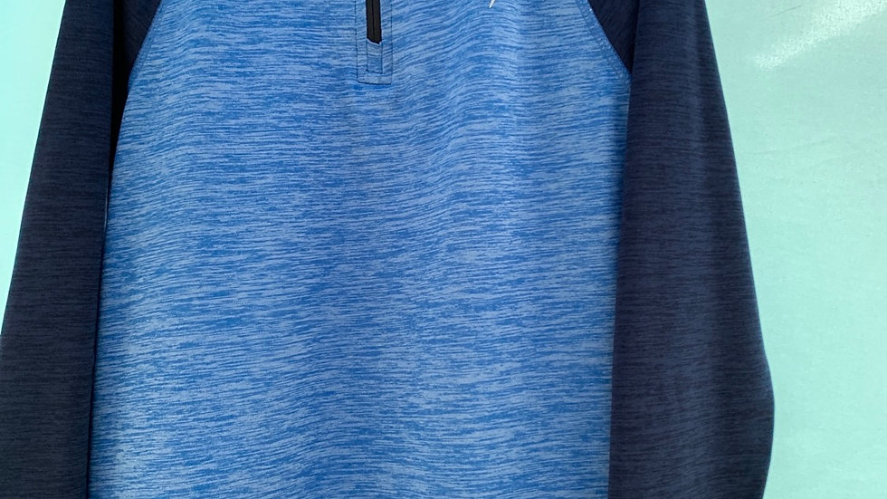 Size 6-7, Old Navy active shirt