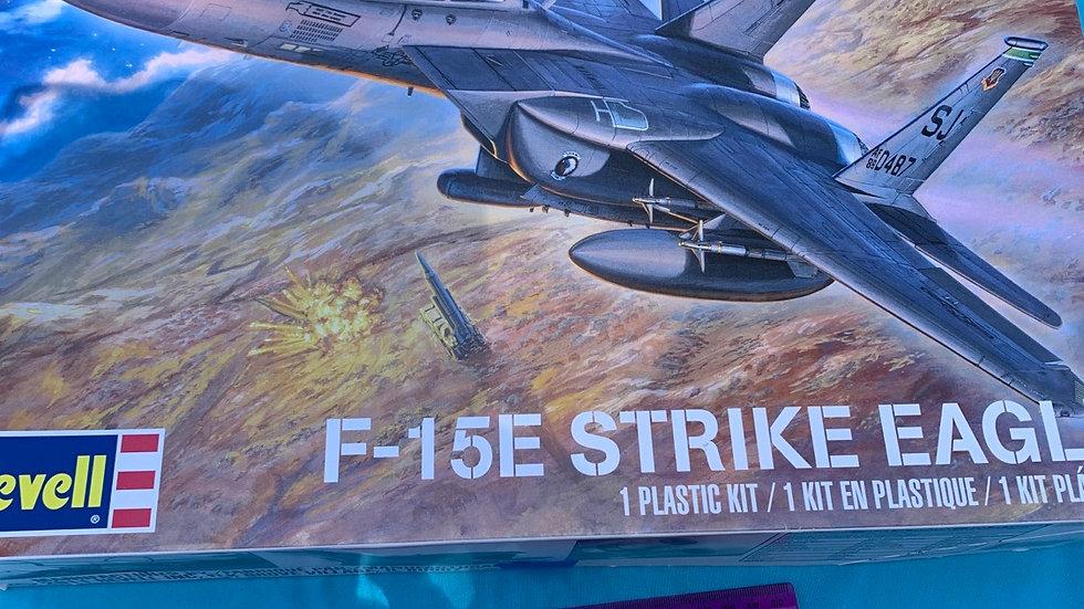 F-15e Strike eagle plastic kit