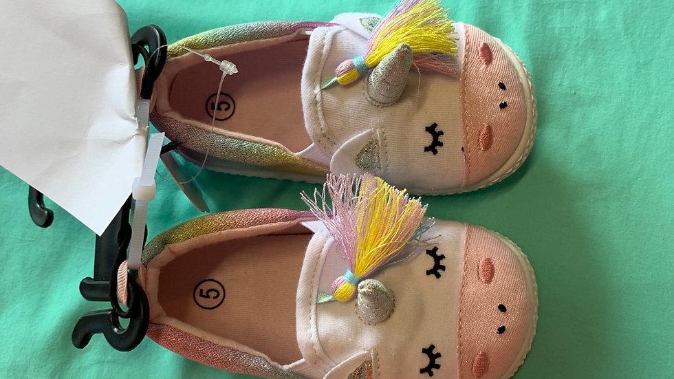 Little kid size 5, unicorn Brand new