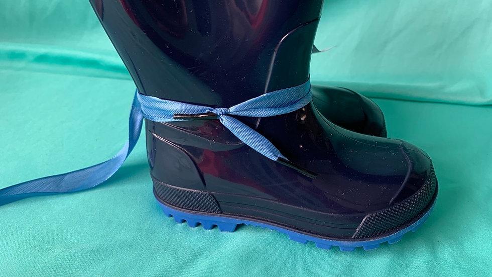 Little kid size 5-6, navy rain boot