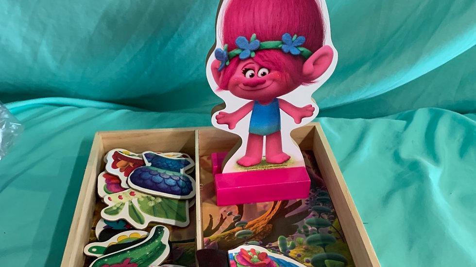 DreamWorks trolls poppy wooden magnet dress up