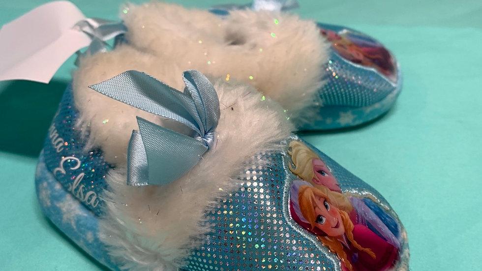 Little kid 5/6, Disney slippers
