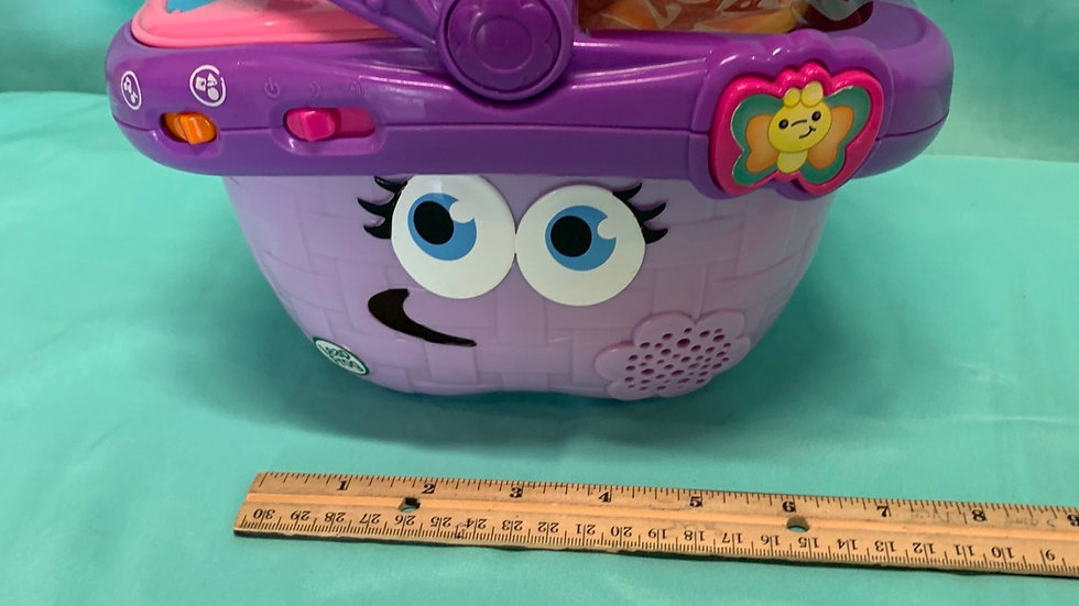 Leapfrog picnic basket with accessories pink and purple