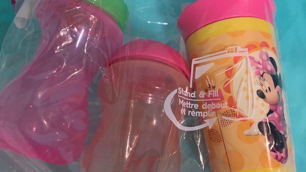 Three pack sippy cup, pink colors