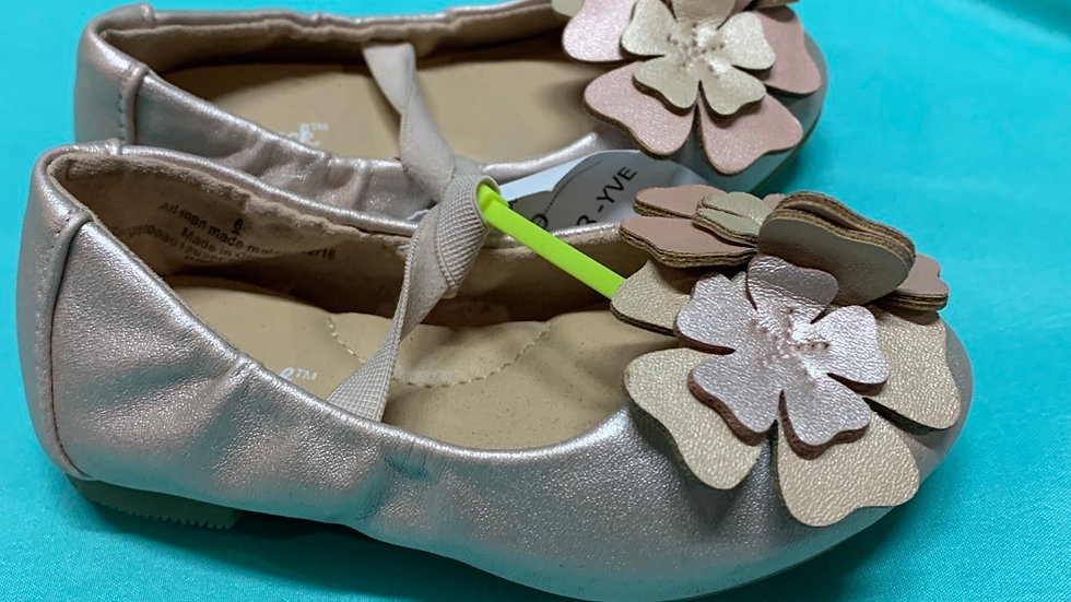 Little kid size 5, rose gold with flowers flats