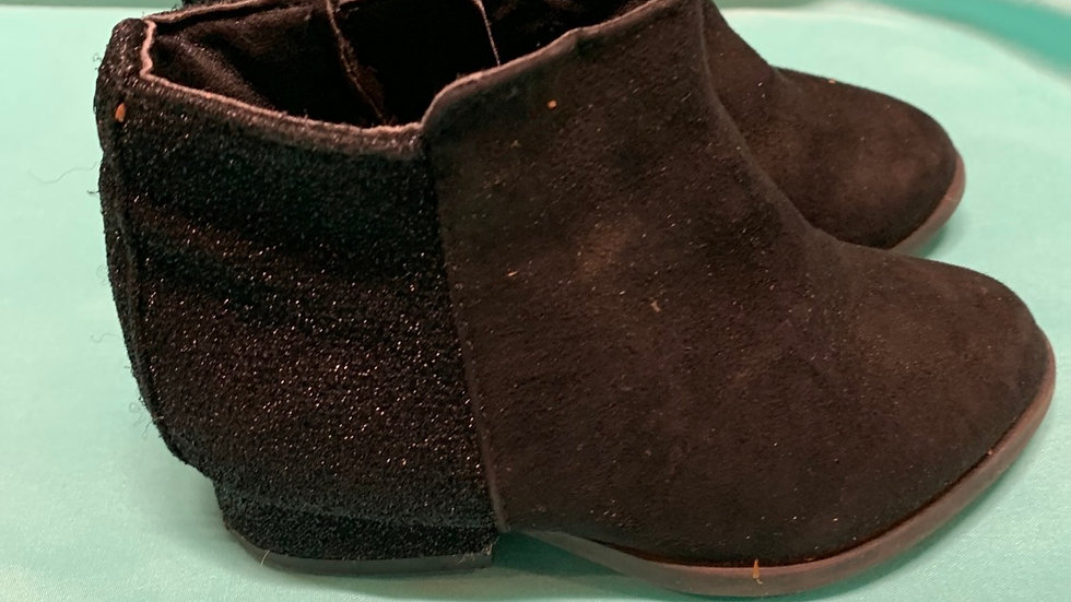 Little kid size 5, black dress boots