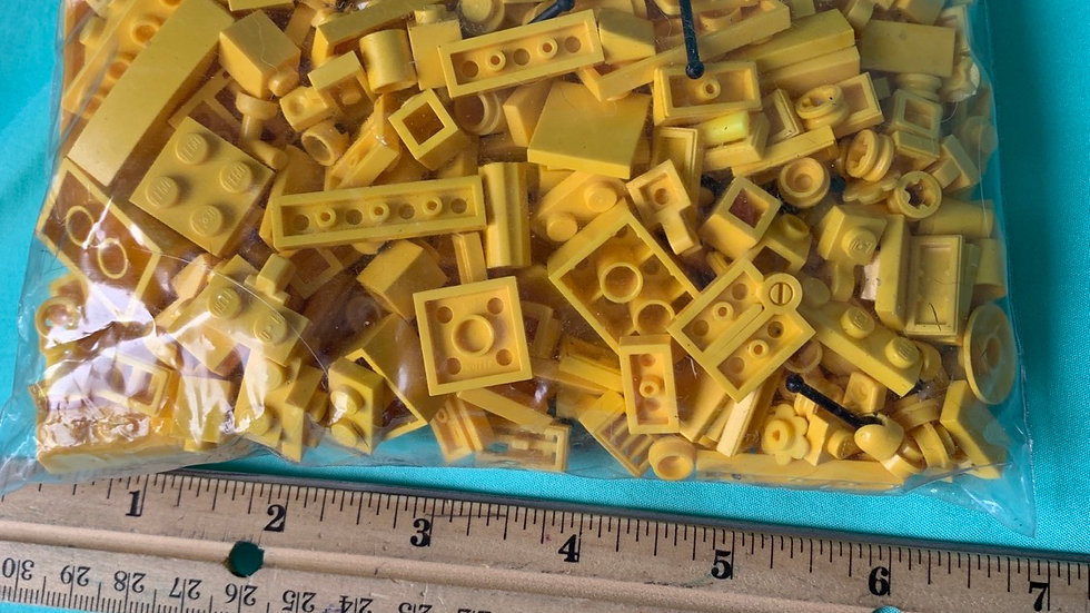 Yellow Lego pieces