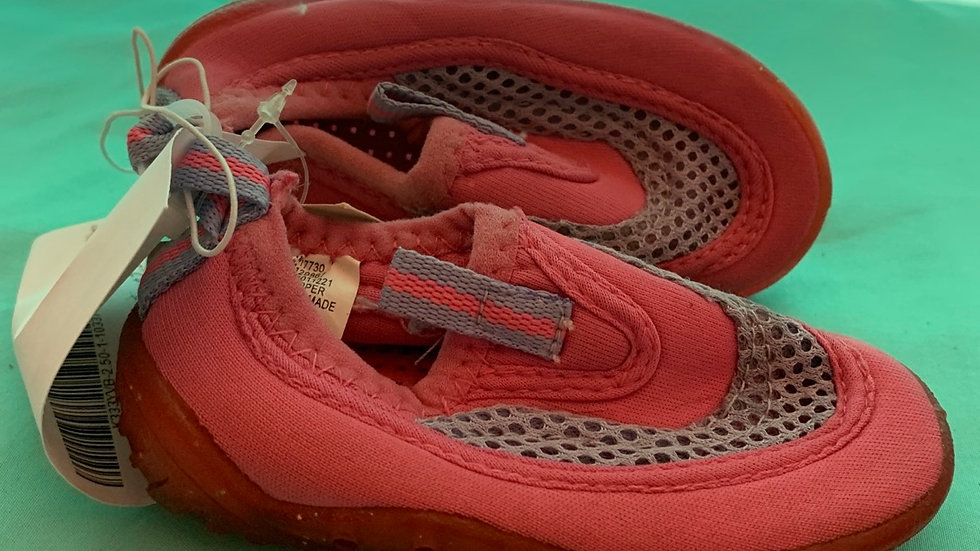 Little kid size 5, pink water shoes brand new