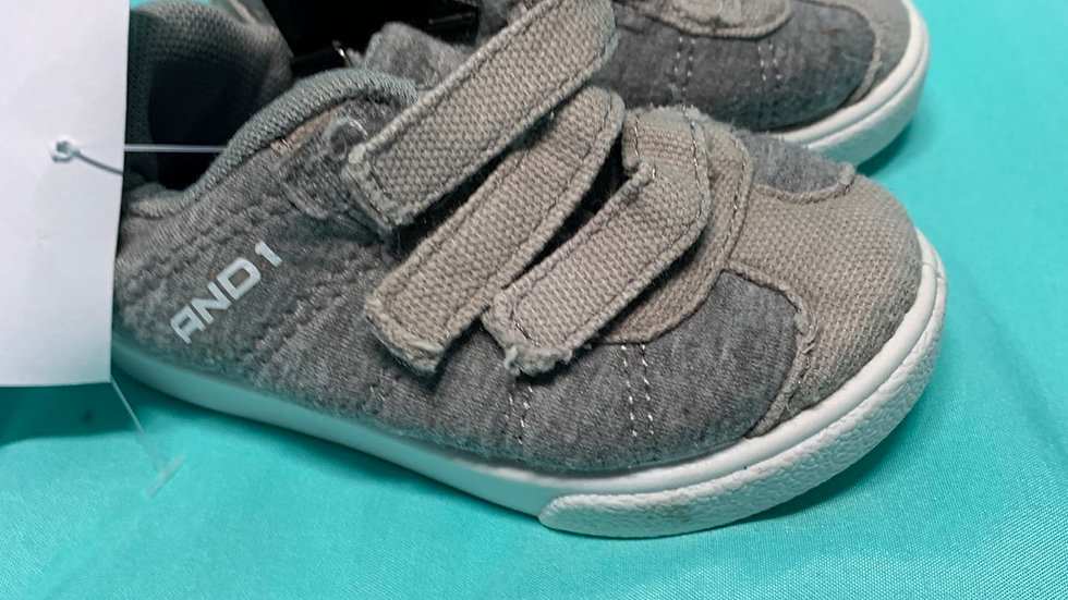Little kid size 4, And1 gray Velcro