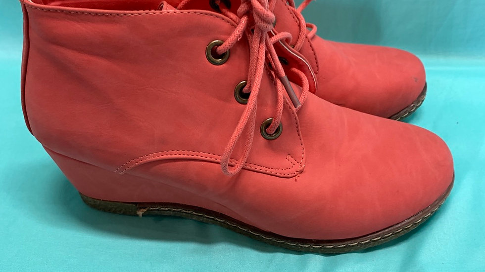 Big kid size 7, nature breeze coral wedge boots