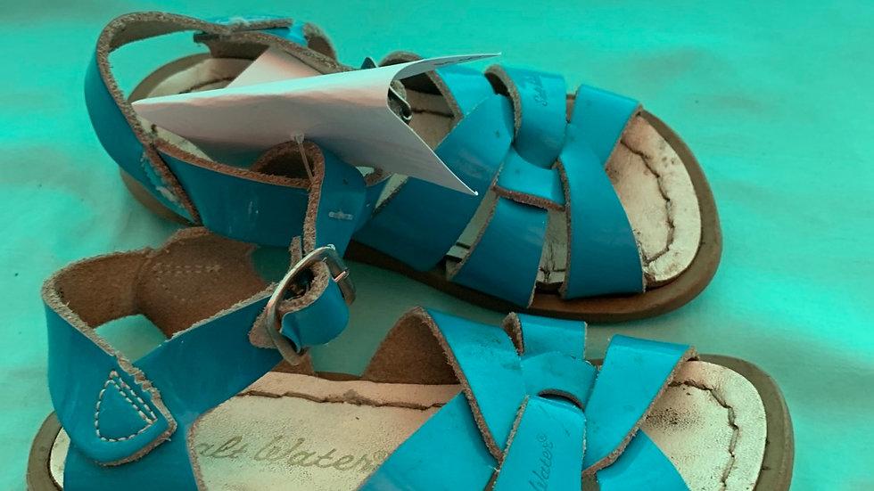 Little kid size 7, blue salt water sandals