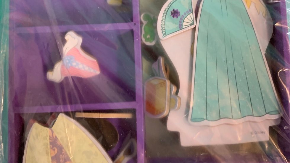 Melissa and Doug Disney Rapunzel wooden magnetic dress-up