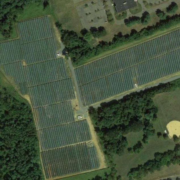 SOLAR FARM_HOLMDEL,NJ_ 3,696 kW DC