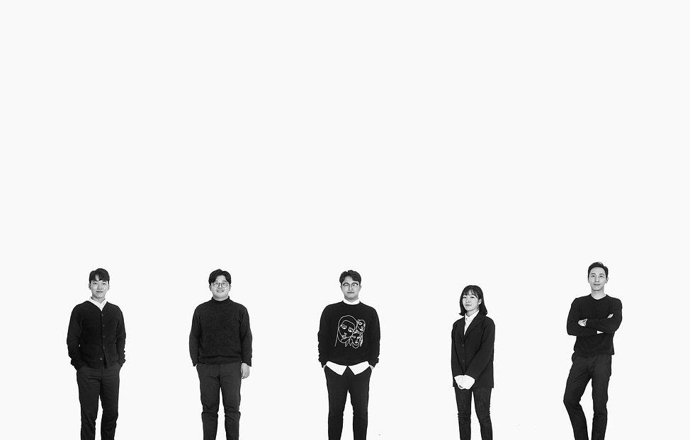 흑백 단체.jpg
