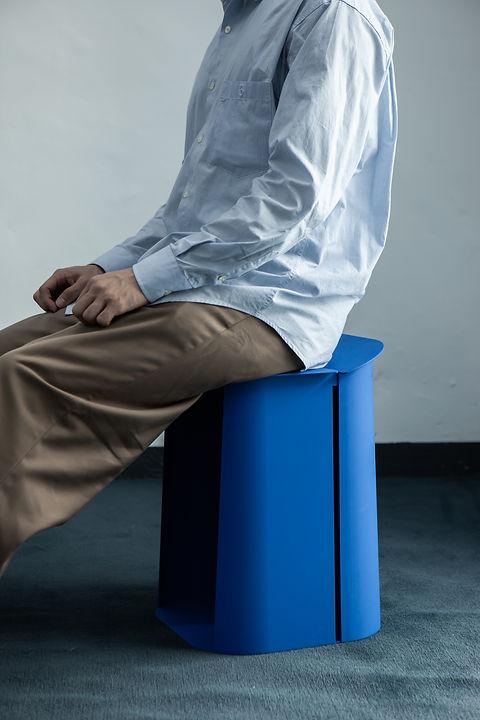 201119_with stool-1.jpg