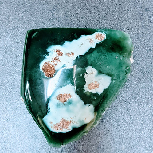 Mtorolite Chrome Chrysoprase Plate