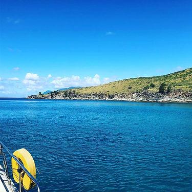 Nevis snorkelling spot.jpg
