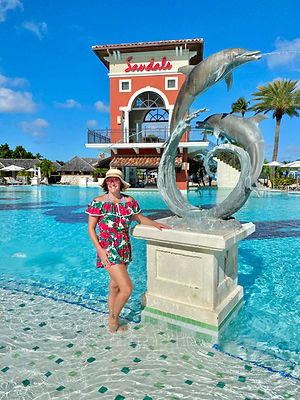 Libbi at Sandals.jpg