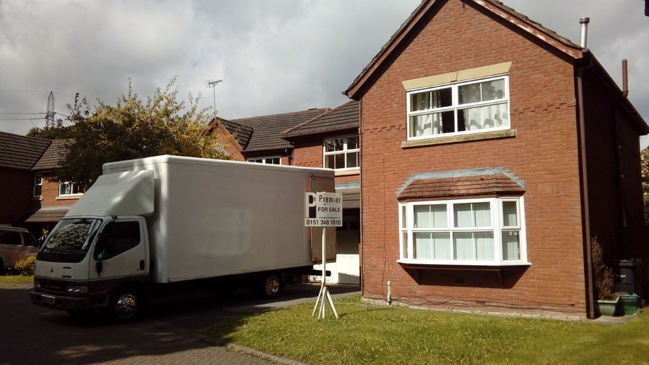 Professional full 3 bed house removals from £300