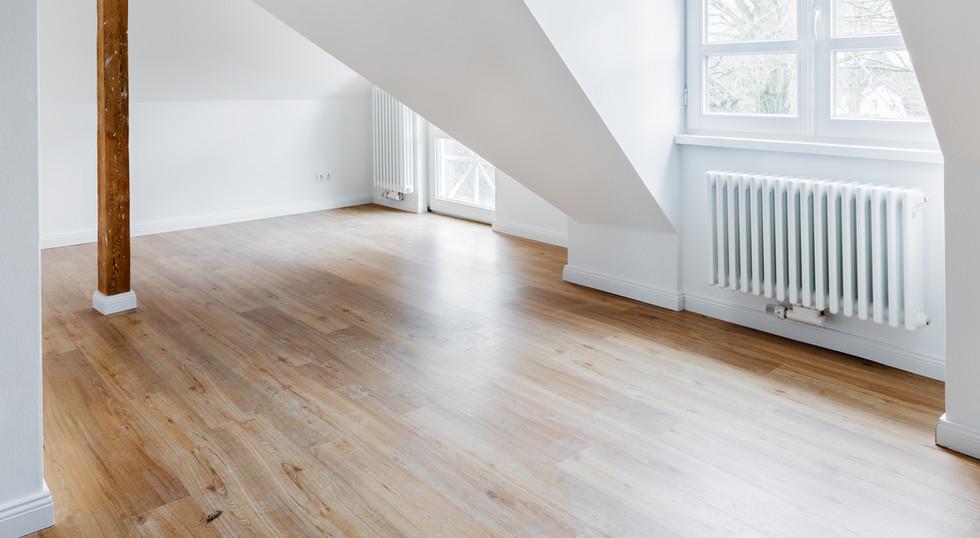 Hardwood Floor & Interior Painting