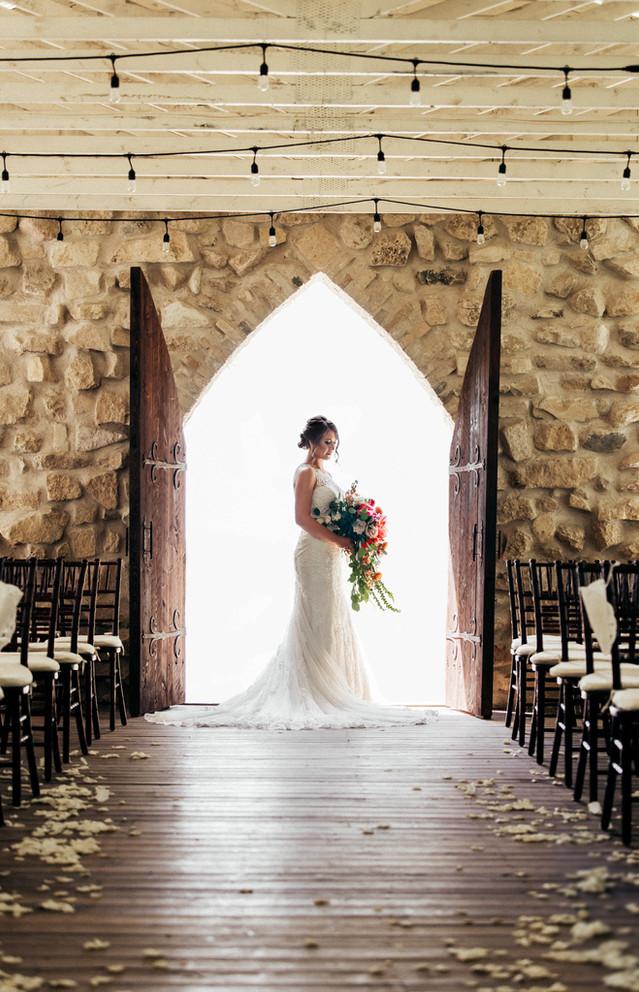 Winnipeg-Wedding-Fache-Florals-Cynthia-B
