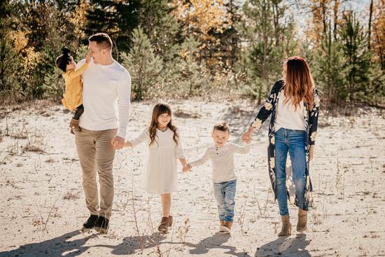 DeLaronde Family-5.jpg