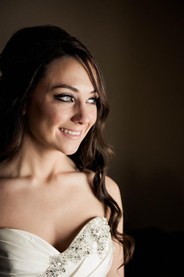 Winnipeg-Wedding-Delta-Hotel-Cynthia-Bet