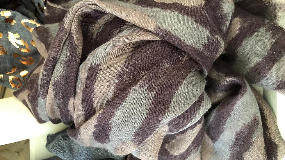 Super soft 'Camo' scarf