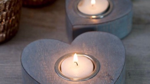 Grey Shabby Chic Wooden Heart Set of 2 Tealights