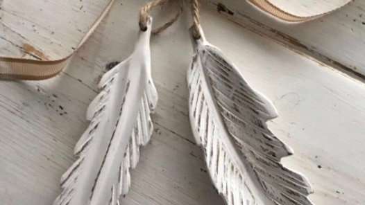 One White Shabby Chic Hanging Feather